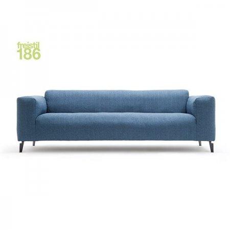 freistil186_Sofa